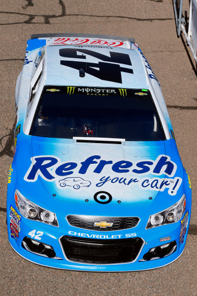 Monster Energy NASCAR Cup Series Can-Am 500 Phoenix Raceway, Avondale, AZ USA Friday 10 November 2017 Kyle Larson, Chip Ganassi Racing, Refresh Your Car! Chevrolet SS World Copyright: Russell LaBounty LAT Images
