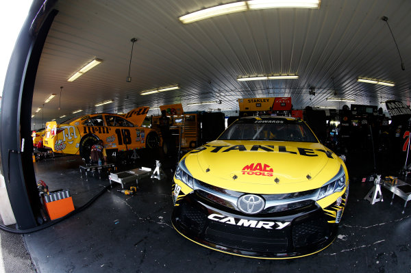 29-31 July, 2016, Long Pond, Pennsylvania USA Kyle Busch, M&M's 75th Anniversary Toyota Camry Carl Edwards, Stanley Toyota Camry ©2016, Matthew Thacker LAT Photo USA