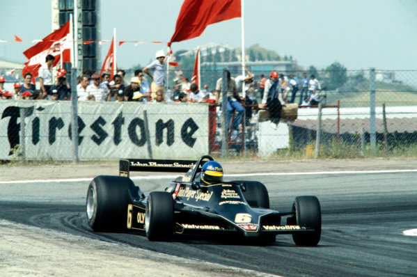 Jarama, Spain. 4th June 1978. Ronnie Peterson (Lotus 79-Ford), 2nd position, action.  World Copyright: LAT Photographic. Ref: 78ESP18
