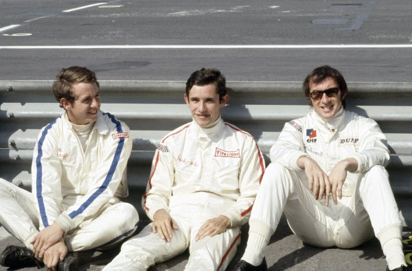 Zandvoort, Holland. 19-21 June 1970.Left-to-right: Piers Courage (De Tomaso 505/38-Ford Cosworth), Jacky Ickx (Ferrari 312B) and Jackie Stewart (March 701-Ford Cosworth). Tragically Courage suffered a fatal accident during the race. Portrait.World Copyright: LAT PhotographicRef: 35mm transparency I1A02