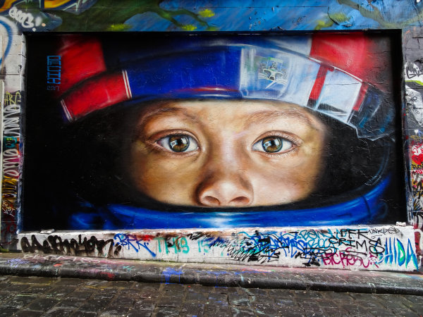 Melbourne, Australia Tuesday 21 March 2017. F1 themed Melbourne street art Photo: Sam Bloxham/LAT ref: Digital Image DSC00045