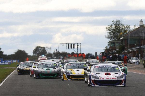 Will Burns - Rob Boston Racing Ginetta G55 - Start