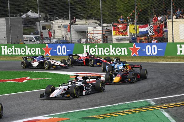 Christian Lundgaard (DNK, ART Grand Prix), leads Jehan Daruvala (IND, Carlin), and Richard Verschoor (NLD, MP Motorsport)