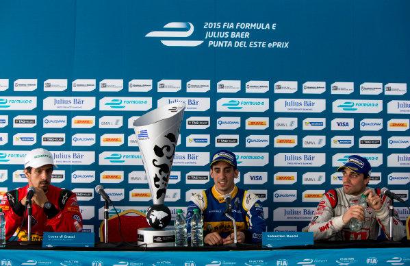 2015/2016 FIA Formula E Championship. Punta del Este ePrix, Punta del Este, Uruguay. Saturday 19 December 2015. Sebastien Buemi (SUI), Renault e.Dams Z.E.15, Lucas Di Grassi (BRA), ABT Audi Sport FE01 and Jerome D'Ambrosio (FRA) Dragon Racing - Venturi VM200-FE-01. Photo: Zak Mauger/LAT/Formula E ref: Digital Image _L0U9119