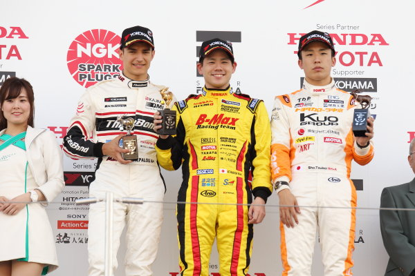 2017 Japanese Formula 3 Championship. Suzuka, Japan. 22nd - 23rd April 2017. Rd 4 & 5. Winner Mitsunori Takaboshi ( #23 B-MAX NDDP F3 ) 2nd position Alex Palou ( #12 ThreeBond Racing with DRAGO CORSE ) 3rd position Sho Tsuboi ( #1 Corolla Chukyo Kuo TOM?S F317 ) podium, portrait. World Copyright: Yasushi Ishihara / LAT Images. Ref: 2017JF3_Rd4_004