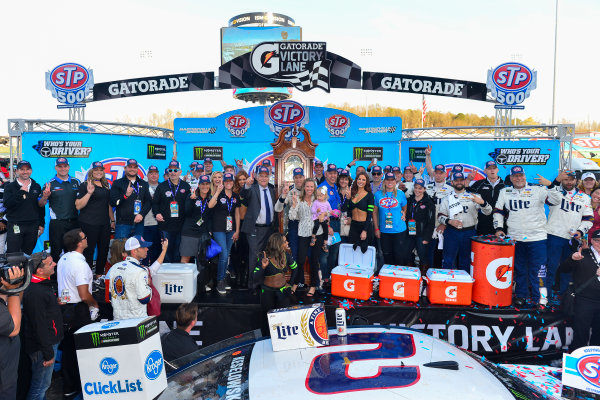 2017 Monster Energy NASCAR Cup Series STP 500 Martinsville Speedway, Martinsville, VA USA Sunday 2 April 2017 Brad Keselowski and team celebrate in victory lane World Copyright: Logan Whitton/LAT Images ref: Digital Image 17MART1LW2738