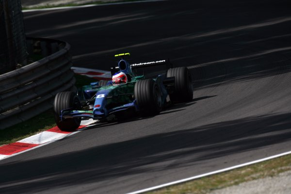 2007 Italian Grand Prix - Friday PracticeAutodromo di Monza, Monza, Italy.7th September 2007.Rubens Barrichello, Honda RA107. Action. World Copyright: Steven Tee/LAT Photographicref: Digital Image YY2Z8299