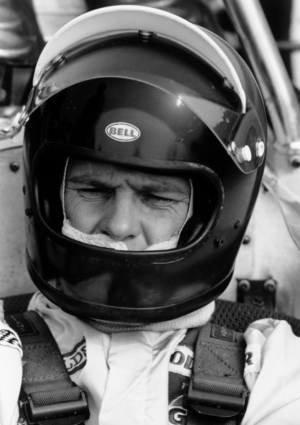 Watkins Glen, New York, USA. 4th October 1970.Gus Hutchison (Brabham BT26-Ford), retired, portrait. World Copyright: LAT Photographic.Ref:  3622 - 28.