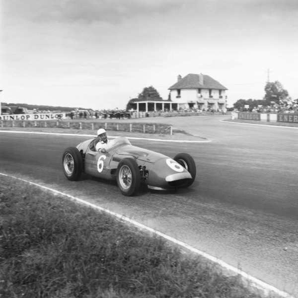 Reims, France. 1st July 1956. Stirling Moss (Maserati 250F) 5th position, shared with Cesare Perdisa, action.World Copyright: LAT Photographic.Ref: 581