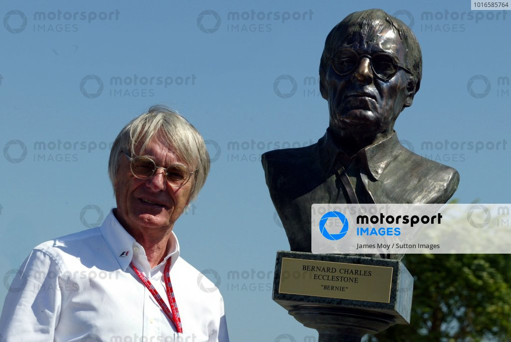 Bernie Ecclestone (GBR) F1 Supremo with a bronze bust of himself in the new Hungaroring