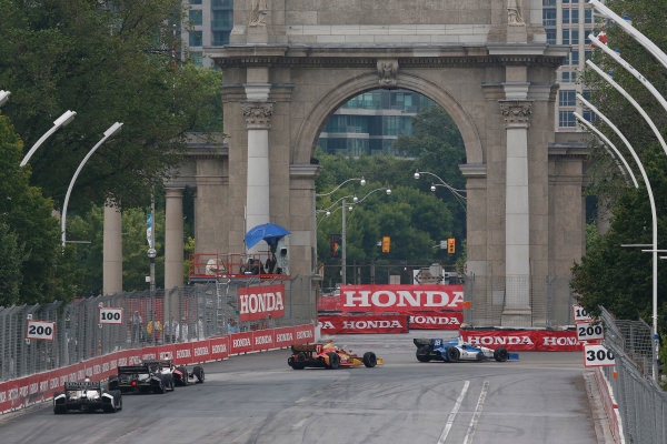 20 July, 2014, Toronto, Ontario, Canada Racing into turn 1 ©2014, Michael L. Levitt LAT Photo USA