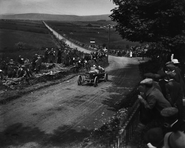 1924 Isle of Man Trial. Sir Algernon Lee Guiness (Sunbeam), driving the car on the first day of the event with the windscreen and offside front wing prepared for the forecast rain. His mechanic was J. Smith. They retired when in second place. World Copyright: LAT Photographic. Ref:  Autocar Glass Plate Red 816.