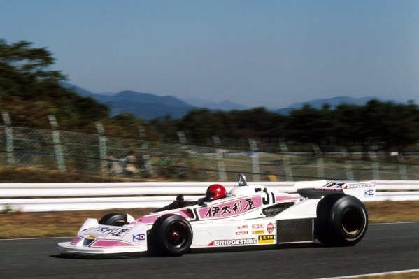 Noritake Takahara (JPN) Kojima KE009 crashed out on the opening lap of the race.