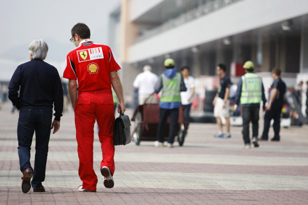 (L to R): Bernie Ecclestone (GBR) CEO Formula One Group (FOM) with Stefano Domenicali (ITA) Ferrari General Director. Formula One World Championship, Rd 17, Korean Grand Prix, Preparations, Korea International Circuit, Yeongam, South Korea, Thursday 21 October 2010.