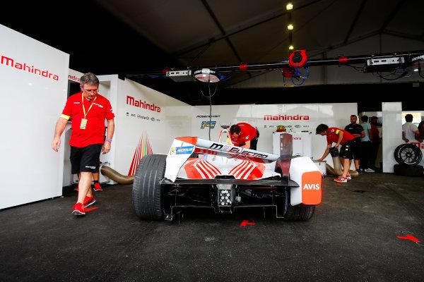 FIA Formula E Hong Kong e-Prix. The Race. Mahindra. Hong Kong Harbour, Hong Kong, Asia. Sunday 9 October 2016. Photo: Adam Warner / FE / LAT ref: Digital Image _L5R8198