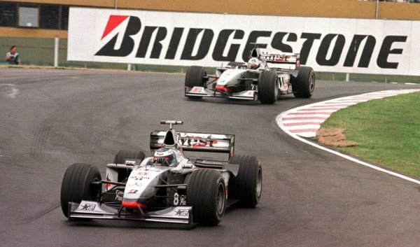 1998 Argentinian Grand Prix.Buenos Aires, Argentina.10-12 April 1998.Mika Hakkinen leads David Coulthard (McLaren MP4/13 Mercedes-Benz) during Friday practice.World Copyright - LAT Photographic