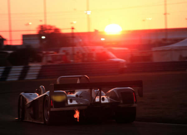 2000 Rolex 24 at Daytona. February 5-6, 2000Daytona International Speedway, Florida USA.Sunrise-2000, Michael L. Levitt, USALAT PHOTOGRAPHIC
