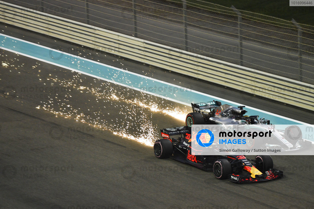 Max Verstappen, Red Bull Racing RB14 and Lewis Hamilton, Mercedes-AMG F1 W09 EQ Power+ sparks and battle