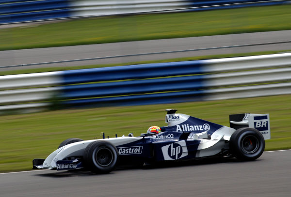 2004 Formula One TestingSilverstone, England. 28th April 2004Antonio Pizzonia, BMW Williams FW26, action.World Copyright: Peter Spinney/LAT Photographicref: Digital Image Only