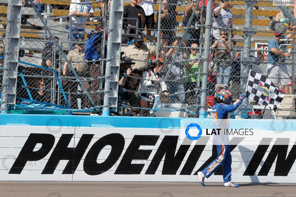 11-12 March, 2016, Avondale, Arizona USA Kyle Busch, NOS Energy Drink Toyota Camry ©2016, Matthew T. Thacker LAT Photo USA