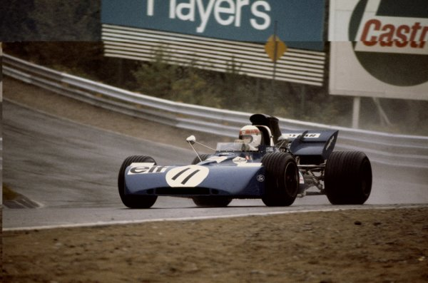 Mosport Park, Canada. 17-19 September 1971.Jackie Stewart (Tyrrell 003-Ford Cosworth), 1st position, action. World Copyright: LAT PhotographicRef: 71CAN12