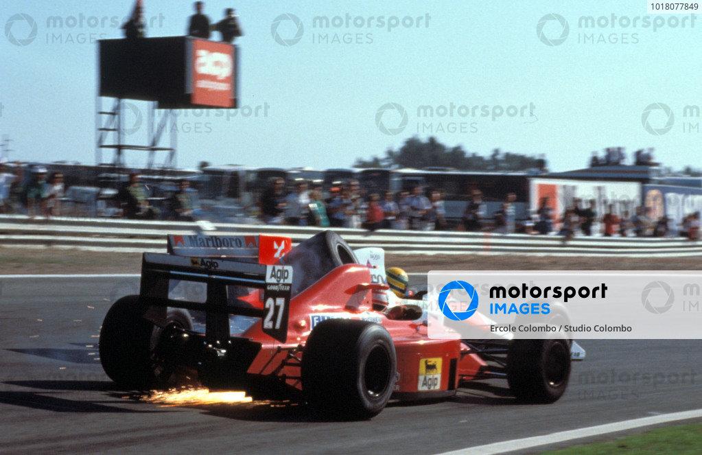 Nigel Mansell, Ferrari 640, collides with Ayrton Senna, McLaren MP4-5 Honda