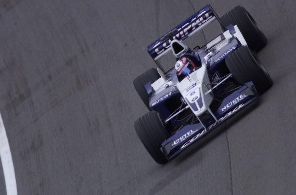 2001 American Grand Prix - QualifyingIndianapolis, United States. 29th September 2001.Juan Pablo Montoya, BMW Williams FW23, action.World Copyright: Steve Etherington/LAT Photographicref: 18mb Digital Image