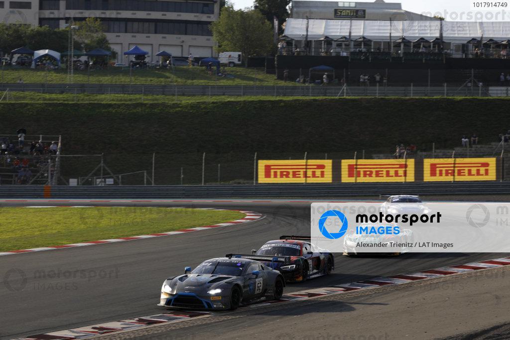 #62 R-Motorsport Aston Martin Vantage AMR GT3: Marvin Kirchhöfer, Hugo de Sadeleer, Ricky Collard.