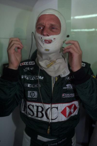 2000 Belgian Grand Prix.Spa-Francorchamps, Belgium. 25-27 August 2000.Johnny Herbert (Jaguar) 8th position.World Copyright - LAT Photographicref: 5 7mb DIGITAL