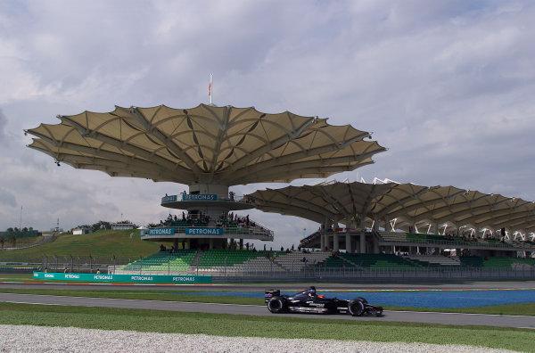 2001 Malaysian Grand Prix.Sepang, Kuala Lumpur, Malaysia. 16-18 March 2001.Fernando Alonso (Minardi SP01 European).World Copyright - Steve Etherington/LAT Photographic.ref: 18mb Digital Image