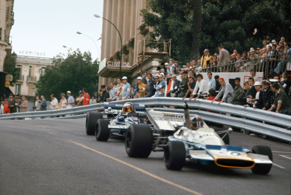 1971 Monaco Grand Prix.  Monte Carlo, Monaco. 20th-23rd May 1971.  Jackie Stewart, Tyrrell 003 Ford, 1st position, corrects a slide as he catches Chris Amon, Matra MS120B, exiting Casino Square.  Ref: 71MON11. World Copyright: LAT Photographic