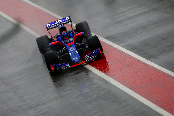 Circuit de Catalunya, Barcelona, Spain. Wednesday 28 February 2018. Brendon Hartley, Toro Rosso STR13 Honda. World Copyright: Andy Hone/LAT Images ref: Digital Image _ONZ9714