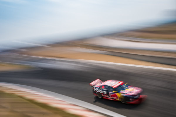 2017 Supercars Championship Round 2.  Tasmania SuperSprint, Simmons Plains Raceway, Tasmania, Australia. Friday April 7th to Sunday April 9th 2017. Shane Van Gisbergen drives the #97 Red Bull Holden Racing Team Holden Commodore VF. World Copyright: Daniel Kalisz/LAT Images Ref: Digital Image 070417_VASCR2_DKIMG_0536.JPG