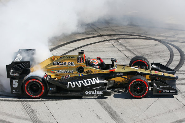 2017 Verizon IndyCar Series Toyota Grand Prix of Long Beach Streets of Long Beach, CA USA Sunday 9 April 2017 James Hinchcliffe World Copyright: Perry Nelson/LAT Images ref: Digital Image nelson_lb_0409_3851