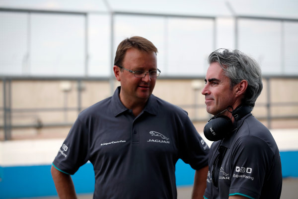 FIA Formula E Season 3 Testing - Day Two. Donington Park Racecourse, Derby, United Kingdom. Jaguar Racing team members. Wednesday 24 August 2016. Photo: Adam Warner / LAT / FE. ref: Digital Image _L5R0824