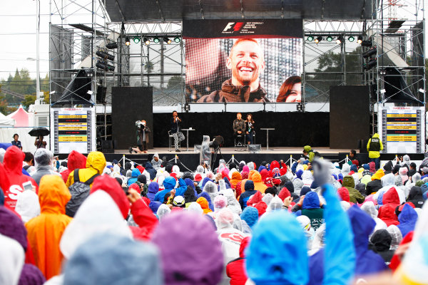 Suzuka Circuit, Japan. Friday 06 October 2017. Jenson Button, McLaren, makes an appearance on stage to talk to fans. World Copyright: Andy Hone/LAT Images  ref: Digital Image _ONZ1692