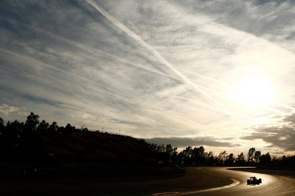 Circuit de Catalunya, Barcelona, Spain Friday 04 March 2016. Sunset on the last day of F1 Testing in Barcelona World Copyright: Zak Mauger/LAT Photographic ref: Digital Image _L0U6870