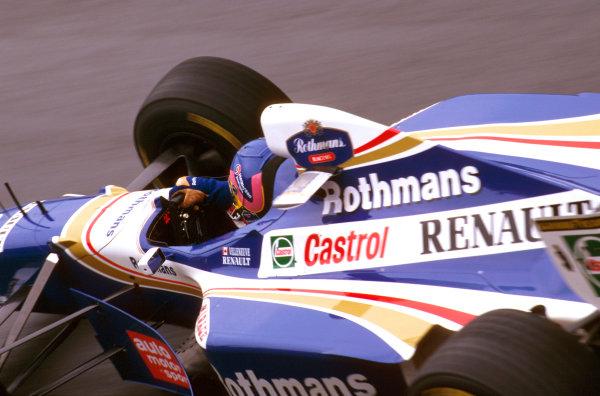 Spa-Francorchamps, Belgium.22-24 August 1997.Jacques Villeneuve (Williams FW19 Renault) 5th position.Ref-97 BEL 06.World Copyright - LAT Photographic
