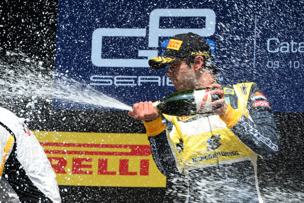 Race two winner Felipe Nasr (BRA) Carlin celebrates with the champagne on the podium.GP2 Series, Rd2, Barcelona, Spain, 9-11 May 2014.