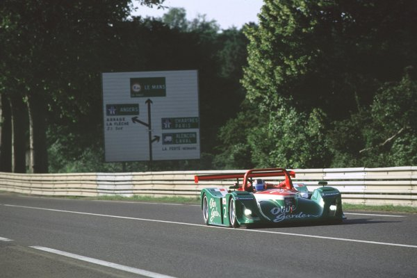 2000 Le Mans 24 Hours.Le Mans, France.17-18 June 2000.Mimmo Schiattarella/Didier de Radigues/Pierluigi Martini (Rafanelli Lola B2K/10-Judd).World - Bloxham/LAT Photographic