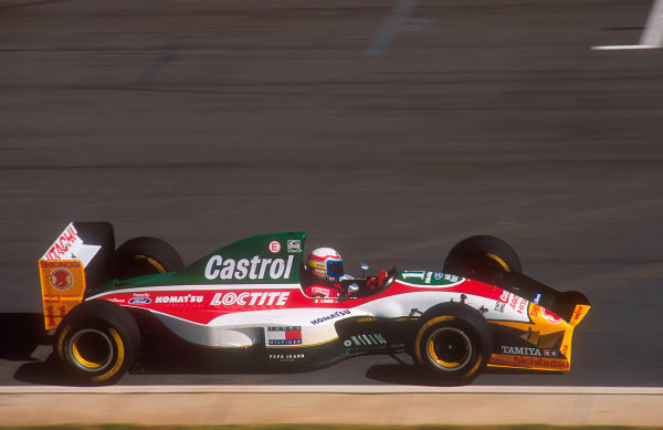 1993 South African Grand Prix.Kyalami, South Africa.12-14 March 1993.Alessandro Zanardi (Lotus 107B Ford). He exited the race after a collision with Hill under braking.Ref-93 SA 02.World Copyright - LAT Photographic