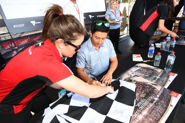 Pascal Wehrlein (GER) Manor Racing signs autographs for the fans at Formula One World Championship, Rd1, Australian Grand Prix, Preparations, Albert Park, Melbourne, Australia, Thursday 17 March 2016.