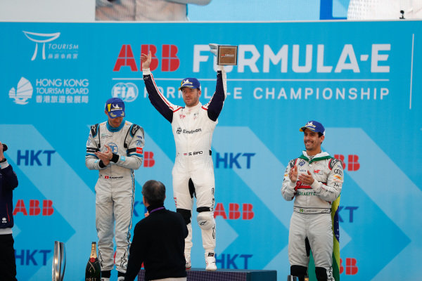Race winner Sam Bird (GBR), Envision Virgin Racing celebrates victory on the podium alongside Edoardo Mortara (CHE) Venturi Formula E, 2nd position, and Lucas Di Grassi (BRA), Audi Sport ABT Schaeffler, 3rd position