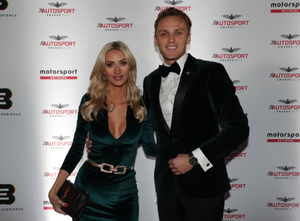 Max Chilton, Carlin Racing, with wife Chloe on arrival