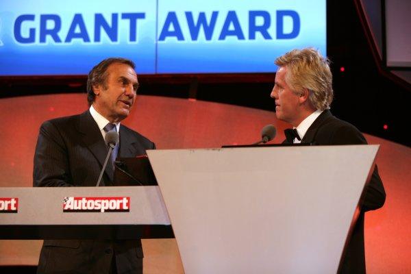 2006 Autosport Awards Grosvenor House Hotel, London. 3rd December 2006. Carlos Reutemann and Steve Rider. World Copyright: Peter Spinney/LAT Photographic ref: Digital Image YY2Z3801