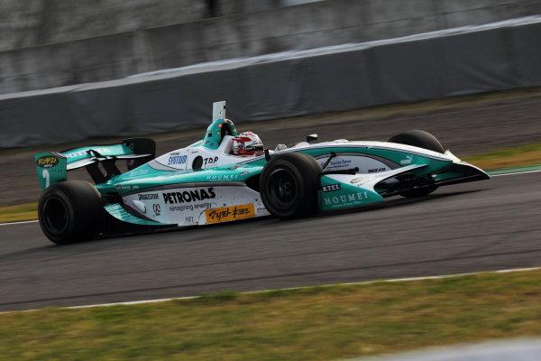 Suzuka Circuit, Japan. Rd 7 - 3rd - 4th November 2012. Race 2 Winner Kazuki Nakajima ( #2 PETRONAS TEAM TOM'S ) action World Copyright: Yasushi Ishihara/LAT Photographic ref: Digital Image 2012FN_Rd7_016