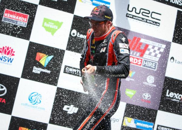 2017 FIA World Rally Championship, Round 13, Rally Australia 2017, 16-19 November 2017, Thierry Neuville, Hyundai, podium, Worldwide Copyright: LAT/McKlein