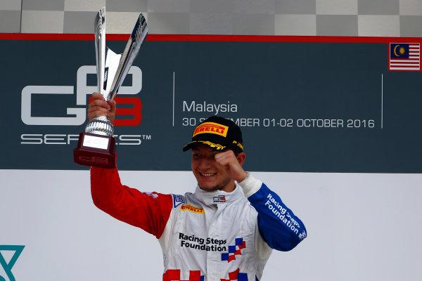 2016 GP3 Series Round 8.  Sepang International Circuit, Sepang, Kuala Lumpur, Malaysia. Sunday 2 October 2016. Jake Dennis (GBR, Arden International)  Photo: Zak Mauger/GP3 Series Media Service. ref: Digital Image _X0W9277