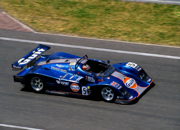 1994 Le Mans 24 Hours. Le Mans, France.18th - 19th June 1994. Derek Bell/Robin Donovan/Jurgen Lassig (Kremer Porsche Spyder), 6th position, action. World Copyright: Murenbeeld/LAT Photographic. Ref: 94LM01