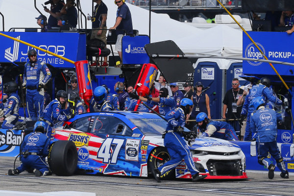 #47: Ryan Preece, JTG Daugherty Racing, Chevrolet Camaro Kroger pit stop